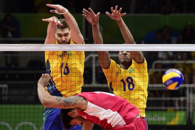 Apesar do nervosismo, Brasil vence México na estreia do vôlei masculino William Lucas/Inova Foto