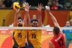 Brasil vence Canadá de virada no vôlei masculino