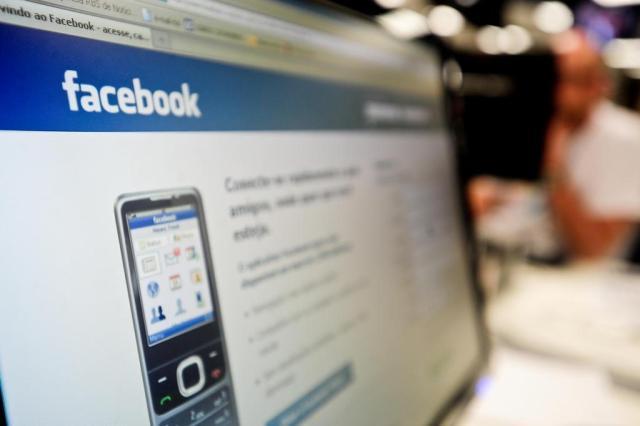 Algoritmo e restrições a posts patrocinados são desafios a candidatos no Facebook Jessé Giotti/Agencia RBS
