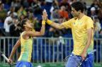 Marcelo Melo e Teliana Pereira dão azar em sorteio e enfrentam os favoritos nas duplas mistas do tênis Cristiano Andujar/CBT