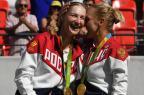 Russas Makarova e Vesnina conquistam ouro no tênis de duplas Luis Acosta / AFP/AFP