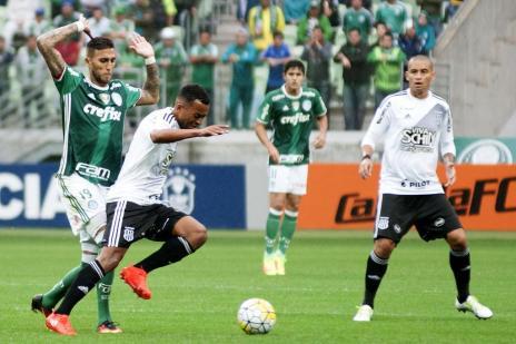 Palmeiras empata com a Ponte Preta e vê rivais se aproximarem (Bruno Ulivieri /Raw Image/Lancepress!)