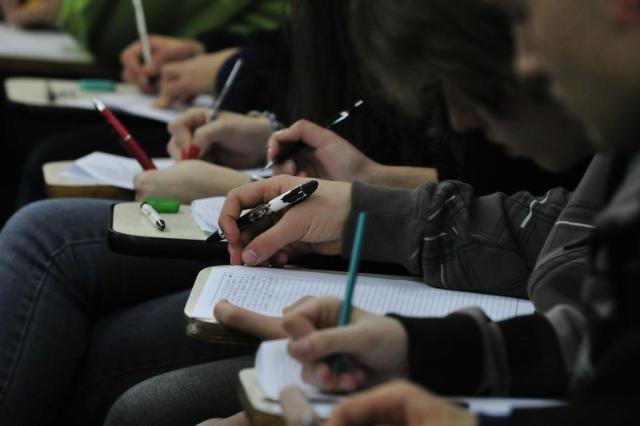 Pontuação cai e Brasil segue entre os piores do mundo em avaliação de educação Tadeu Vilani/Agencia RBS