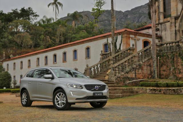 Volvo lança a XC 60 D5 e adere ao mundo dos SUVs a diesel Divulgação/Volvo