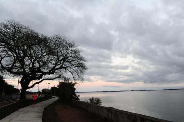 Quinta-feira será nublada na Capital Ronaldo Bernardi/Agência RBS