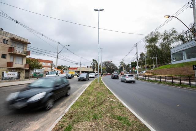 Com oito meses de atraso, duplicação da Avenida Wenceslau Escobar é entregue Omar Freitas/Agencia RBS