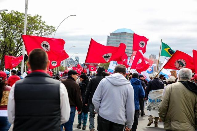 Centrais sindicais organizam greve geral contra reformas do governo Temer Omar Freitas/Agencia RBS
