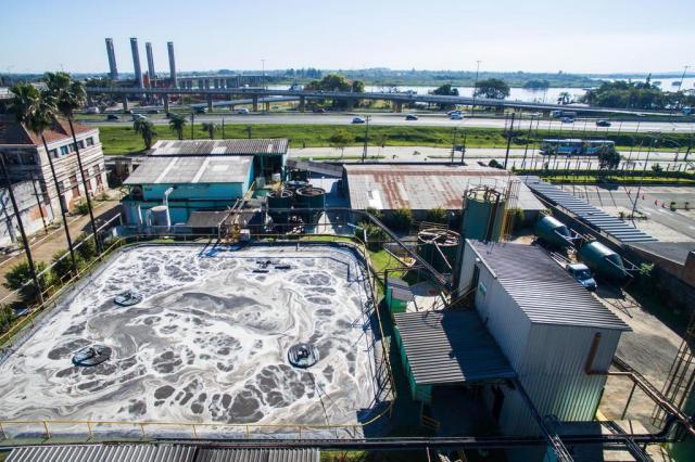 Mesmo com odor forte na zona norte da Capital, Justiça dá novo prazo para Cettraliq retirar resíduos Bruno Alencastro/Agencia RBS