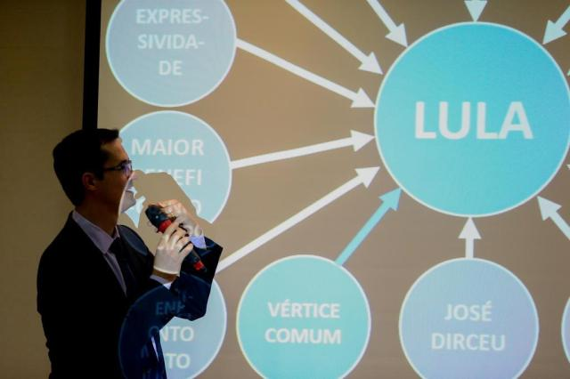 Lula é alvo da mais dura denúncia na Operação Lava-Jato GERALDO BUBNIAK/ESTADÃO CONTEÚDO