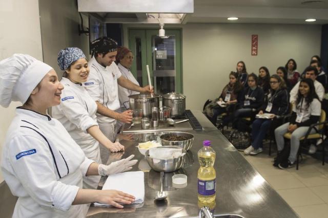 PUCRS abre campus para alunos do Ensino Médio conhecerem cursos Camila Cunha/Ascom PUCRS/Divulgação