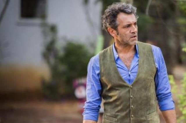 Relembre cinco atores que morreram enquanto atuavam em novelas que estavam no ar Caiuá Franco  / TV Globo/Divulgação/TV Globo/Divulgação