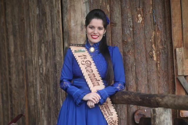 Conheça a rotina e a trajetória de Roberta Jacinto, a 1ª Prenda do Rio Grande do Sul Julio Cordeiro/Agencia RBS