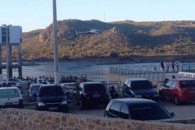 Local onde Domingos Montagner morreu está sem salva-vidas e placas sobre perigo da correnteza AgNews/AgNews