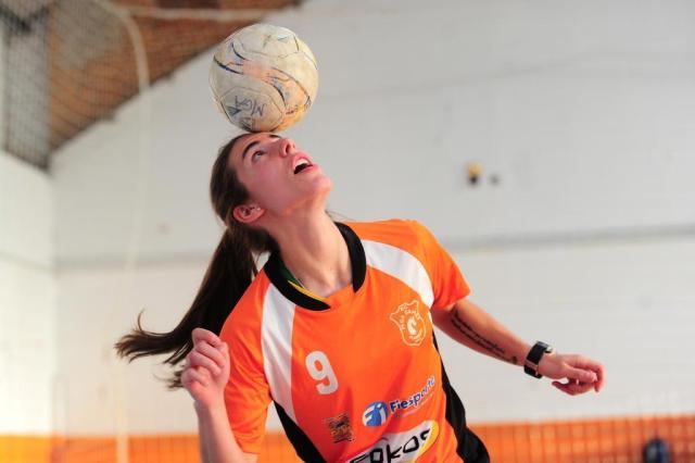 Com Renatinha, MGA Games recebe o Celemaster neste sábado na ida da final do Estadual de Futsal Feminino Porthus Junior/Agencia RBS