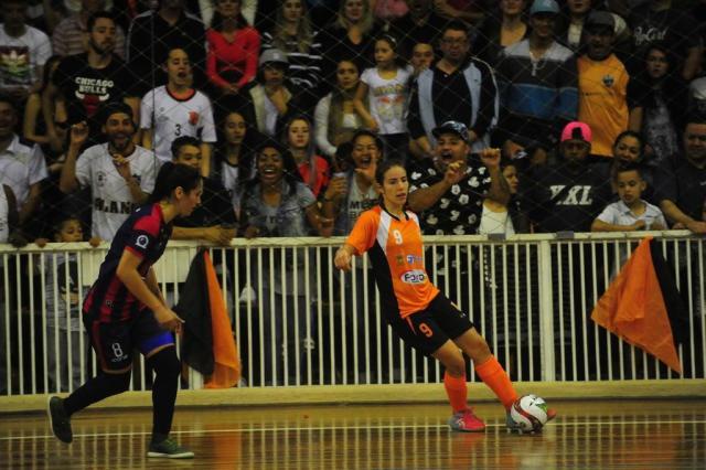 MGA Games perde no Enxutão para a Celemaster na ida da final gaúcha de futsal feminino Roni Rigon/Agencia RBS