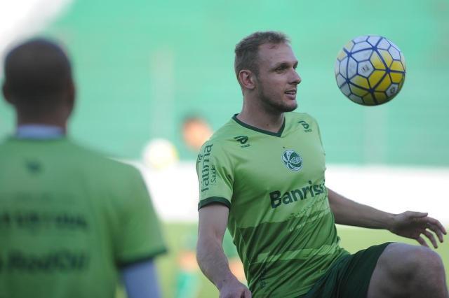 Contratado para ser opção durante a Série C, Micael comemora acesso e chance como titular do Juventude Felipe Nyland/Agencia RBS