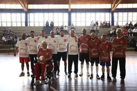 Transplantados cardíacos participam de jogo para divulgar a importância de doar órgãos (Carlos Macedo/Agencia RBS)