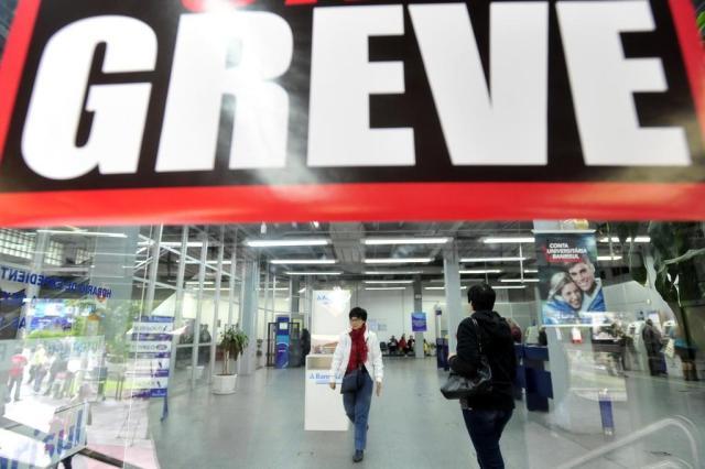 Bancários rejeitam nova proposta e categoria permanece em greve (Jean Pimentel/Agencia RBS)