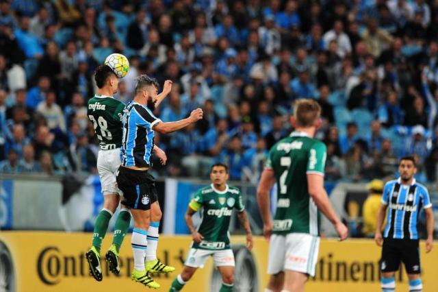 Palmeiras pode perder força na bola aérea com time misto contra Grêmio André Ávila/Agencia RBS