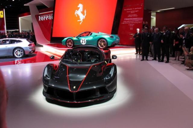 Confira o vídeo com destaques do Salão do Automóvel de Paris Renato Gava/Agência RBS
