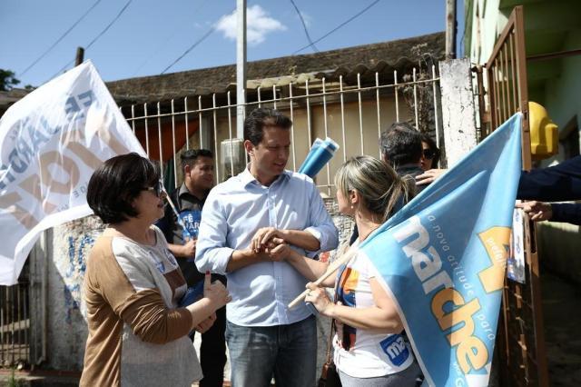 Marchezan conversa com eleitores no bairro Aparício Borges Carlos Macedo/Agencia RBS