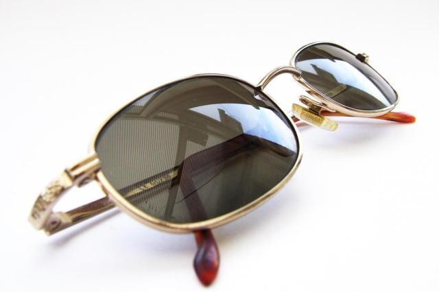 Proteção de óculos vendidos no Brasil pode ser ineficaz, diz pesquisa Colin Nixon / Stock.xchng/Stock.xchng