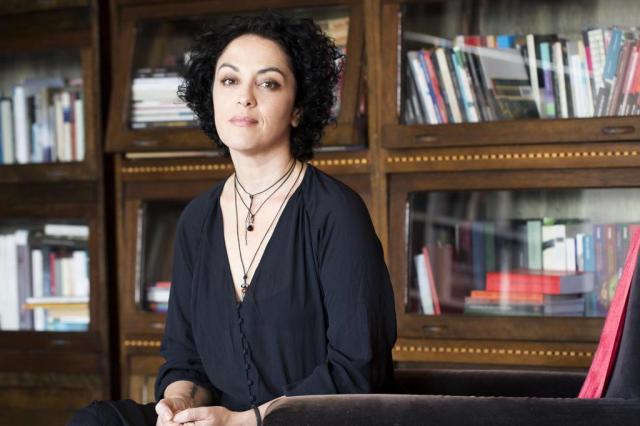 """Marcia Tiburi autografa """"Uma fuga perfeita é sem volta"""" nesta sexta-feira em Porto Alegre Simone Marinho/Record"""