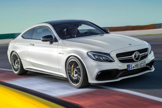 Mercedes lança modelo que acelera de 0 a 100km/h em 3,9 segundos Divulgação/Mercedes