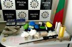 Polícia descobre depósito de drogas e fuzil em Gravataí Divulgação/Polícia Civil
