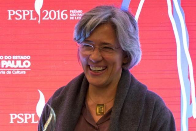 Beatriz Bracher vence Prêmio São Paulo de Literatura 2016 e fatura mais de R$ 200 mil Prêmio São Paulo de Literatura/Facebook/Divulgação