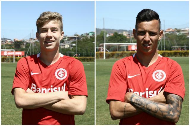 Promovidos por Roth recentemente, Charles e Iago descem para jogo contra o Corinthians Montagem sobre fotos de Carlos Macedo / Agência RBS/Agência RBS