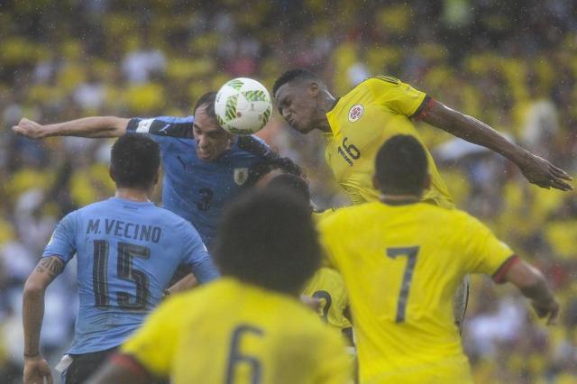 Colômbia e Uruguai empatam, e Brasil pode assumir liderança das Eliminatórias Raul Arboleda/AFP