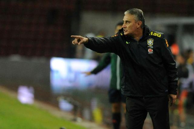 """Após mais uma vitória, Tite divide méritos com jogadores: """"Conjunto da obra"""" GEORGE CASTELLANOS,AFP/AFP"""