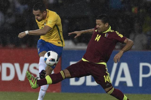 Cotação ZH: Renato Augusto e Gabriel Jesus são os melhores do Brasil na vitória sobre a Venezuela JUAN BARRETO/AFP