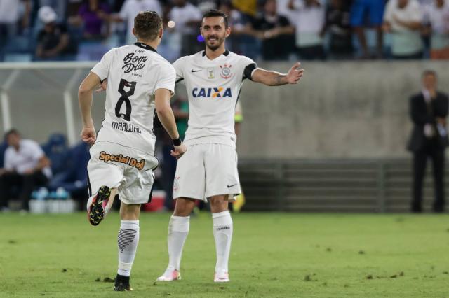 Com dois de Guilherme, Corinthians vira sobre o Santa Cruz Rodrigo Gazzanel / Agência Corinthians/Agência Corinthians