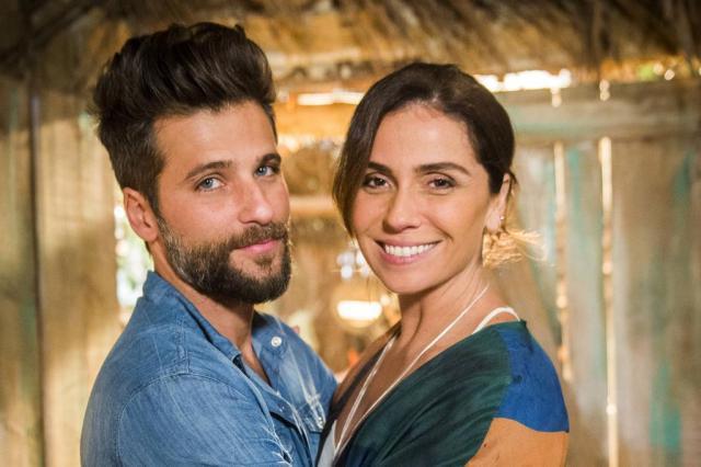"""""""Sol Nascente"""": Alice beija Mário e se declara João Miguel Júnior/TV Globo/Divulgação"""