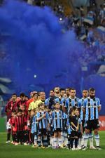 Por um lugar no G-6, Grêmio recebe o Atlético-PR na Arena
