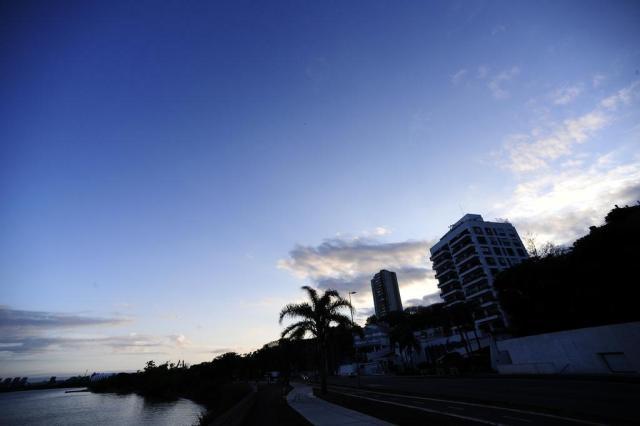 Temperatura em Porto Alegre pode chegar aos 25°C nesta sexta-feira Ronaldo Bernardi/Agencia RBS
