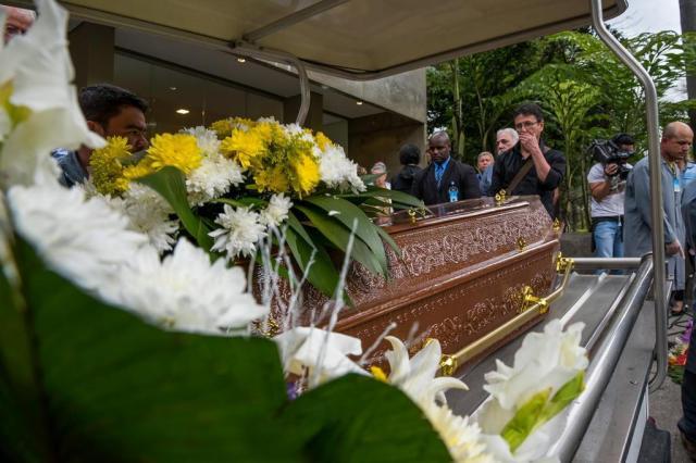 Orival Pessini, criador do Fofão, é enterrado em meio a homenagens CHELLO/FRAMEPHOTO/ESTADÃO CONTEÚDO