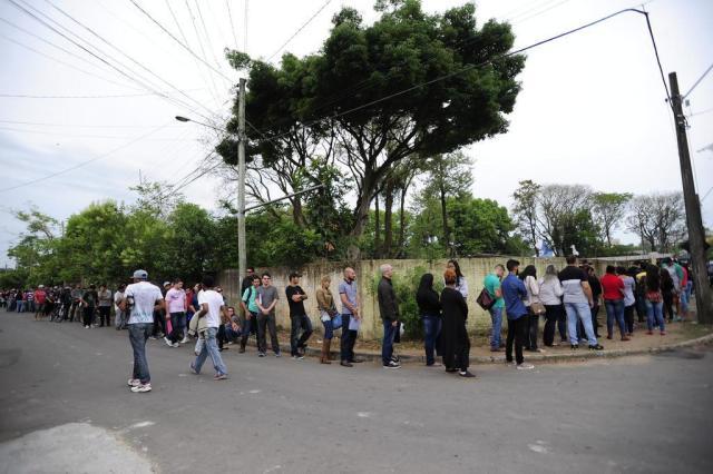 1ª Mostra de Emprego de Santa Maria reúne mais de mil pessoas em busca de uma oportunidade Maiara Bersch/Agencia RBS