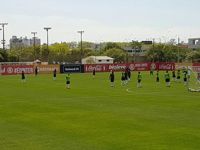 """Após briga, treino mantém mistério no Inter para """"decisão"""" contra o Fla Rodrigo Oliveira/Gaúcha"""