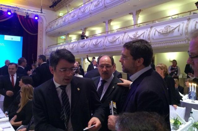 Missão do governo do Estado chega a Europa e já tem os primeiros compromissos Milena Schoeller/Rádio Gaúcha