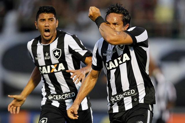 Com polêmicas na arbitragem e gol no fim, Botafogo vence o Atlético-MG em casa Vitor Silva / SSPress/Botafogo/SSPress/Botafogo