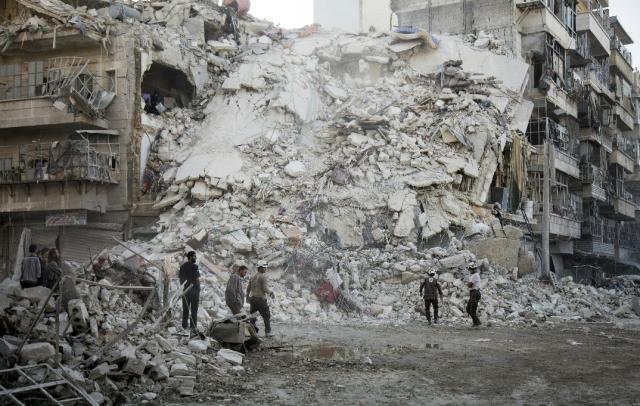 Doze civis são mortos após ataques em Aleppo, na Síria KARAM AL-MASRI  / AFP/AFP