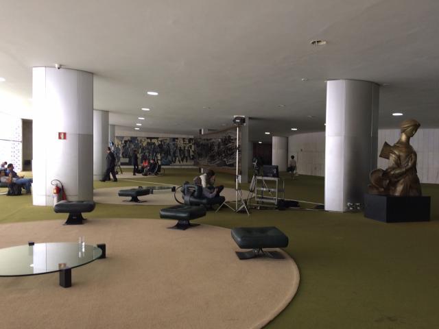 Câmara dos Deputados é evacuada após ameaça de bomba Silvana Pires/RBS Brasília