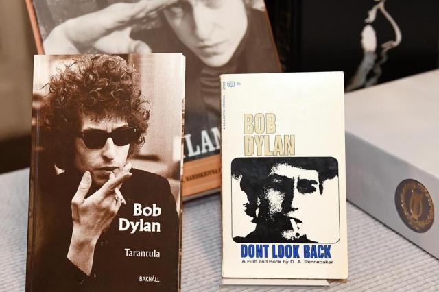 Após Nobel, livros de Bob Dylan serão relançados no Brasil JONATHAN NACKSTRAND/AFP