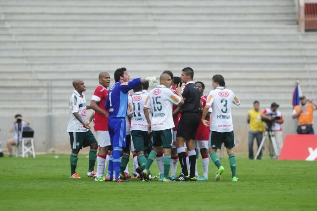Definido o árbitro que apitará o Gre-Nal deste domingo Ronaldo Bernardi/Agencia RBS