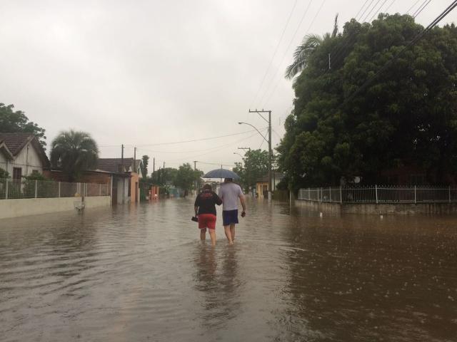 São Sebastião do Caí decreta emergência após rio transbordar Cid Martins/Gaúcha