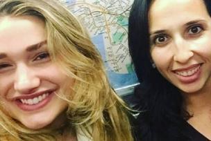 Sasha Meneghel tira foto com fã brasileira no metrô de Nova York Reprodução / Instagram/Instagram