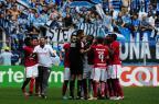 Árbitro errou ao expulsar Dourado e não dar vermelho a Vitinho, dizem analistas Mateus Bruxel/Agencia RBS